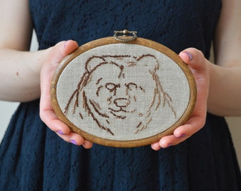 Bear Embroidery Hoop, Embroidered Bear, Woodland Embroidery, Forest Embroidery, Wall Hanging