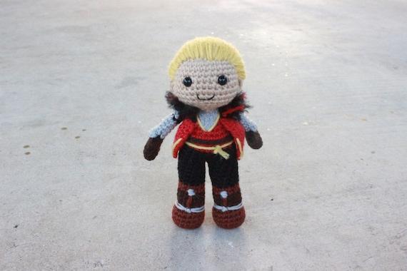 Dragon Age Amigurumi : Cullen Amigurumi Crochet Plush Doll