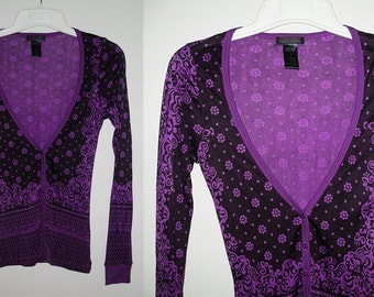 Custo Barcelona Lacey Field of Flowers Purple V-neck button front Top Sz.1 Small