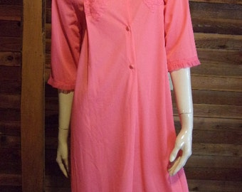 Vintage Lingerie 1970s GAYMODE from PENNEYS Small Dark Peach Peignoir or Robe