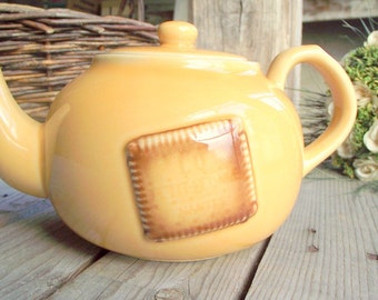 Vintage Teapot - Ceramic Teapot - Petit Beurre Lu - French Teapot with Lid - French Biscuit - Lefevre Utile Nantes - French Tea Party