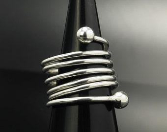 Spiral  Sterling Silver Ring Size 8.5 Vintage