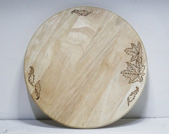 Round Chopping board with Leaves