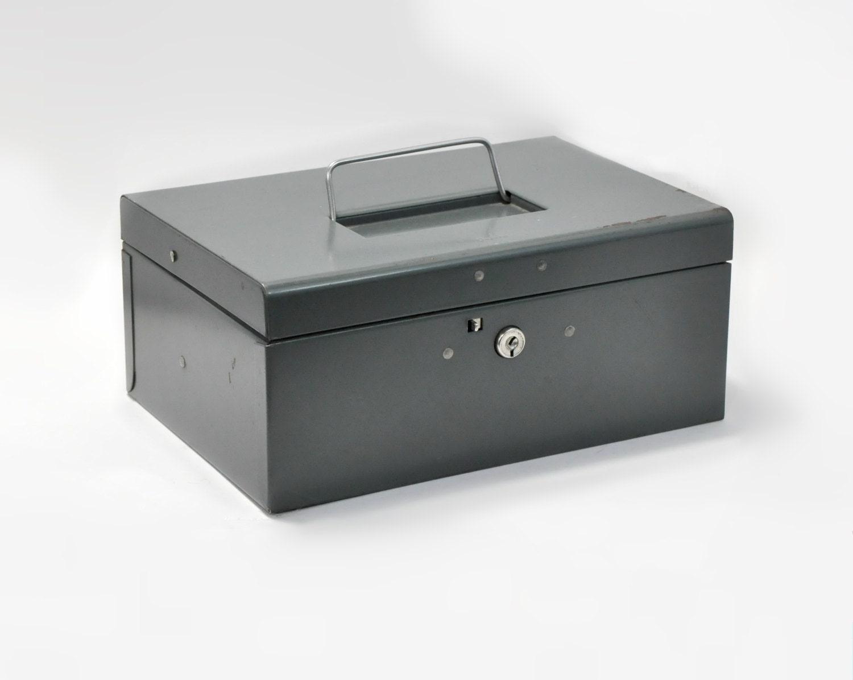 green oxford metal cash document box lock coin insert handle. Black Bedroom Furniture Sets. Home Design Ideas