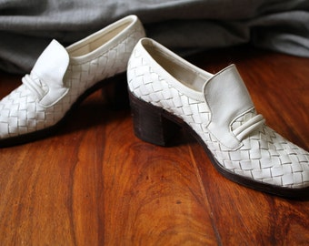 PalmSprings white woven shoes