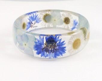 Real flower Resin Bangle Bracelet - Size L, Pressed Flower Resin Bracelet, Chunky Thick Rounded Bangle, Real Plant Bracelet