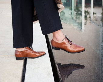Womens shoes, Women Leather Oxfords, Brown Leather Shoes, Brown Shoes, Winter Shoes, Flats Brown Leather Oxford, Flats
