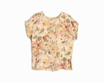 Vintage Floral Silk Blouse in Peach & Red / Daisy Blouse / Silk Tee - women's small/petite