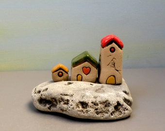 Little houses sculpture, Set of 3 miniature ceramic houses on natural stone , beach houses , Mediterranean Beach cottages , Naive art houses