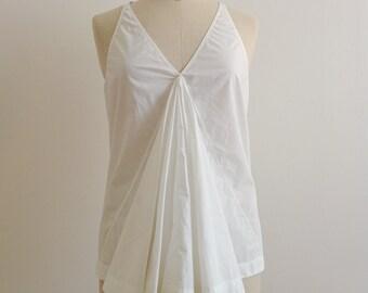 Pleated cotton fan blouse