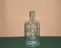 Vintage Antique Embossed Gordon's Dry Gin Green Bottle London England On Bottom  Boar's Head Design
