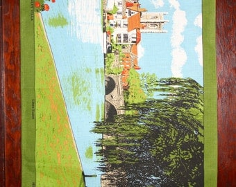 Vintage 1970s Henley On Thames   Linen Tea Towel