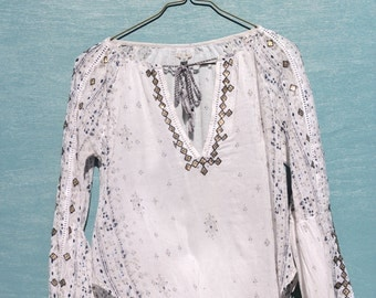60's Inspired Embroidered Blouse