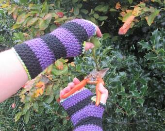 Adult ladies purple & black striped arm warmers, wrist warmers - handmade crocheted wool fingerless gloves, armwarmers, wristwarmers, gifts