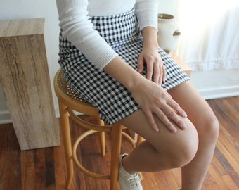 Black and White Patterned Pencil Skirt - Vintage