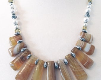 Statement Necklace, Yellow Necklace, Agate Necklace, Jasper Necklace, Yellow Gemstone Necklace, Beaded Necklace, Pendant Necklace, Agate