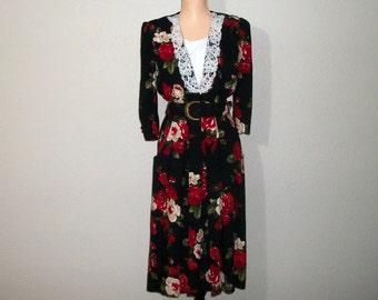 Vintage 80s Petite Size 12 Black Floral Dress 1980s Rayon Long Sleeve Lace Collar Black Red Dress Rose Print Petite Large Women Clothing
