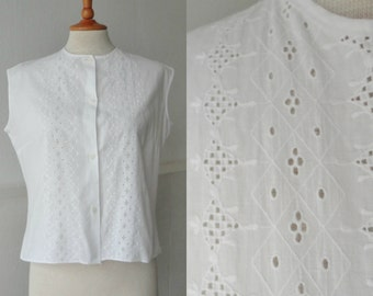 Lovely 60s Vintage Broderie Anglaise Blouse  // White // Cotton