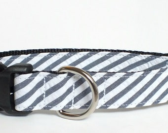 "SALE MEDIUM 1"" Navy, Denim Look, Seersucker Wide Stripe Dog Collar"