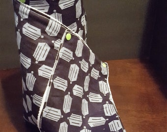 Handmade Non Paper Towels Doctor Who Theme Microfiber Set of 12 Half Sheets that Snap Together and onto a Formed Roll