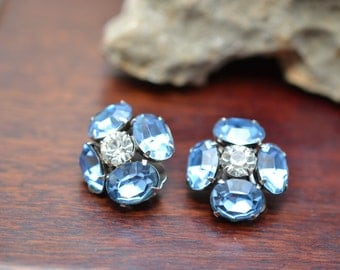 Signed CORO Blue and White Rhinestone Cluster Flower Clip On Earrings