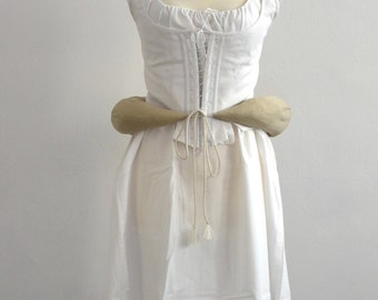 Pillow-cotton padding. Pillow for 18th-century dresses. Panier. Padding for skirts. Bustle pad. 1700 dresses