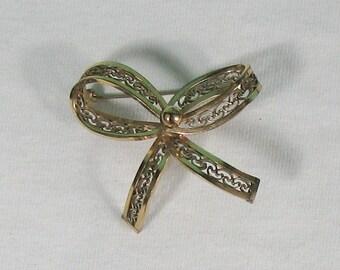 Winard 12K Gold Fill Bow Shaped Filigree Brooch - Vintage 1950s