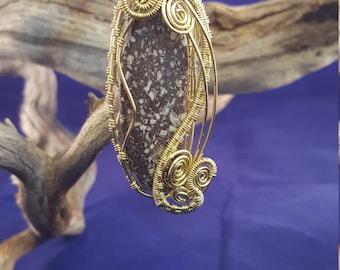 Copper Peak Story Stone in Golden Wire Weave
