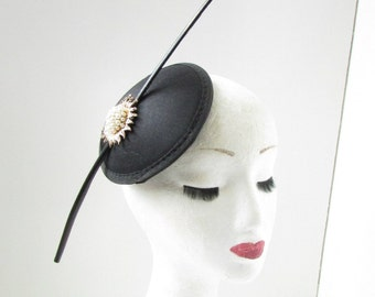 Black Gold Ivory Fascinator Headpiece Hat Vintage Races Ascot Hair Clip Deco A75