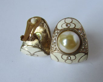 Vintage earring- Faux pearl rhinestone clip on stud earrings- 90s Jewelry