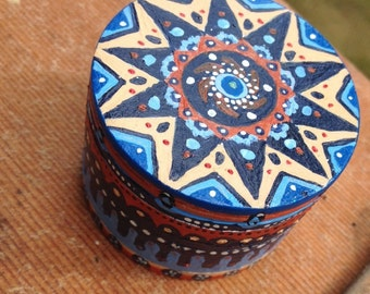 Blue Sky Blonde Hand Painted Grinder