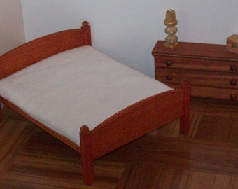 Stained Queen size 1:12 scale bed/ 1 12 scale doll bed/ 1 12 scale furniture/ 1 12 scale bedroom/ miniature bed/ one inch scale bed