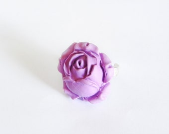 Adjustable ring with polymer clay rose