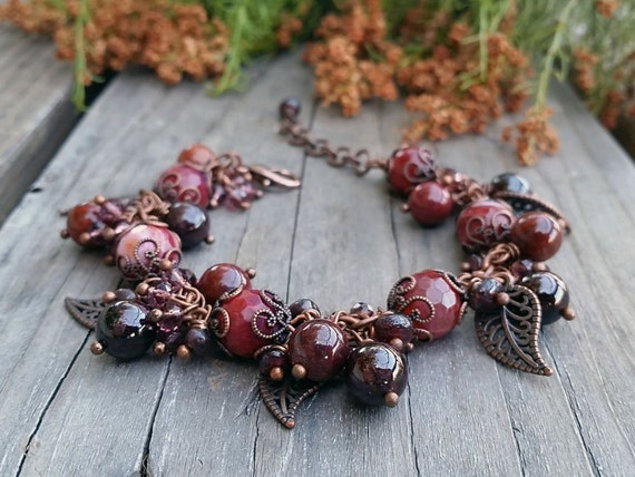Red Agate Garnet Copper color Leaf bracelet Elvish jewelry Dangle Charm Gemstone Cluster Bracelet Charm bracelet Red rustic wedding berries