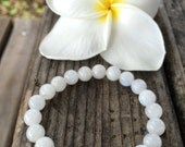 Moonstone Bracelet, Rainbow Moonstone Bracelet, Moonstone Jewelry, Positive Energy Jewelry, Mala Beads, Energy Crystals, Rainbow Moonstone