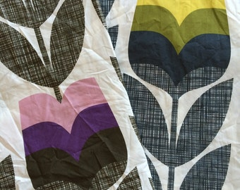 Orla Kiely printed fabric - rosebud - corn yellow | pink