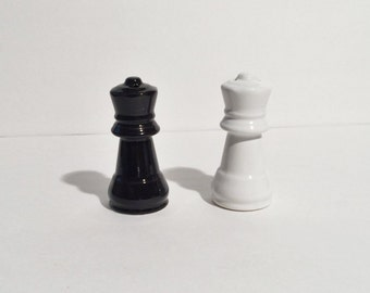 Chess Salt and Pepper Set, Black and White Salt and Pepper