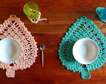 Crochet table set of 2 placemats + glass coasters leaf motif, zen and minimalist table decor, nature eco-friendly cotton set READY TO SHIP