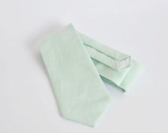 Light mint green linen standard tie, mens neck tie, linen tie, wedding tie, groomsmen tie, wedding tie, boyfriend gift
