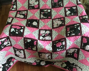 Quilt, Pink,Black and Plum