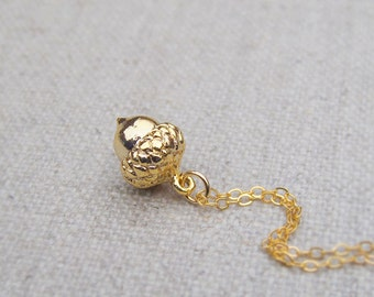Gold acorn necklace, gold filled chain, minimalist jewelry, layering necklace, acorn jewelry, gold acorn charm, gift for her, acorn pendant