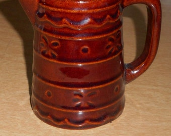 Marcrest Daisy and Dot 8 oz Pitcher Stoneware USA
