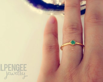 3mm EMERALD gold ring. HEXAGON gem gold vermeil dainty ring geometric stacking ring green gem emerald stone forest green