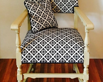 Classic Casual Country Cottage Chair and Pillow