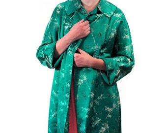 Emerald Eyes, 60s Asian Coat, Green Coat, Silk Coat, Brocade Coat, Green Jacquard Chinese Coat, Silk Opera Coat, Hong Kong Coat M