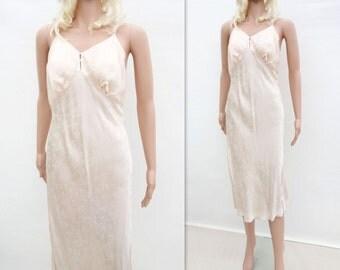 sale Vintage Peach Slip, 1960s does 30s Slip, Boho Slip Dress, Bias Damask Slip, 60s  Ecru Slip Dress, , 1960s Ecru Slip, m