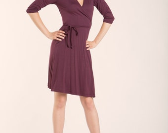 Jersey Wrap Dress, Wine red wrap dress, Fall fashion, Everyday Dress, Burgundy jersey dress, Autumn color, Knee-length dress, V-neck dress