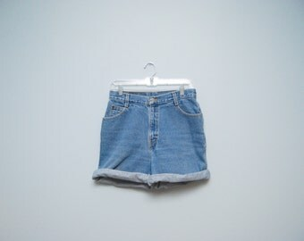 Vintage 80's/90's Gitano High Waisted Denim Jean Shorts Size 12