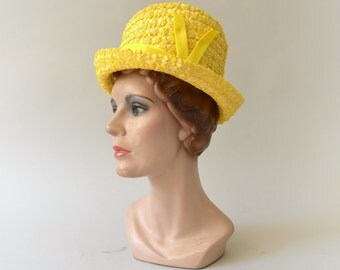 1960s Vintage Hat - 60s Woven Yellow Bucket Hat
