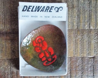 Vintage Delware New Zealand Maori Small Abstract Enamel Dish